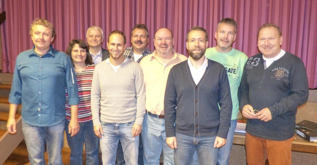 Der erste Vorstand. (Von links nach rechts) Thomas Pflegshörl, Heike Pflegshörl, Holger Eckhardt, Jan Emmerich, Jörg Walther, Rainer Herd, David Leister, Matthias Henrich und Roland Fischer.